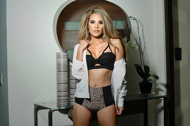 Bonnie-Jill-exclusive-interview-viva-glam-magazine (8)