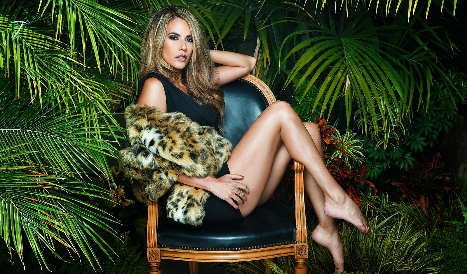 Bonnie-Jill-exclusive-interview-viva-glam-magazine-main-image