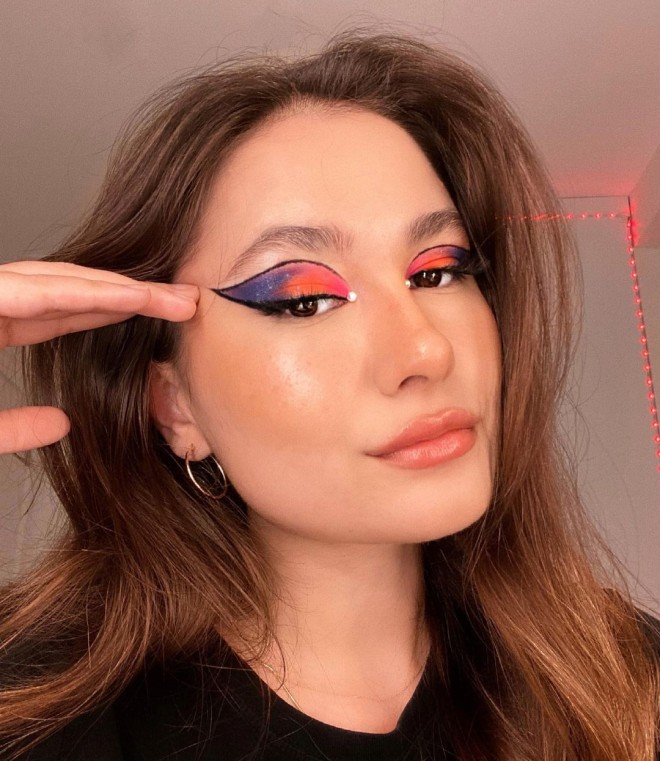 Creative-Makeup-Ideas-that-Will-Make-You-the-Envy-of-all-Your-Friends-1
