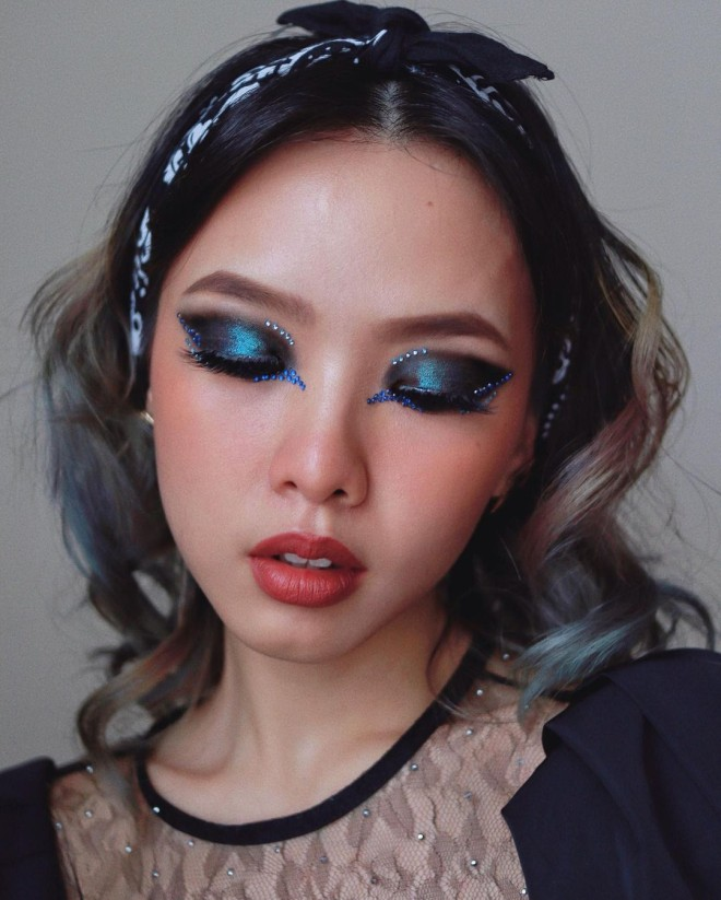 Creative-Makeup-Ideas-that-Will-Make-You-the-Envy-of-all-Your-Friends-3