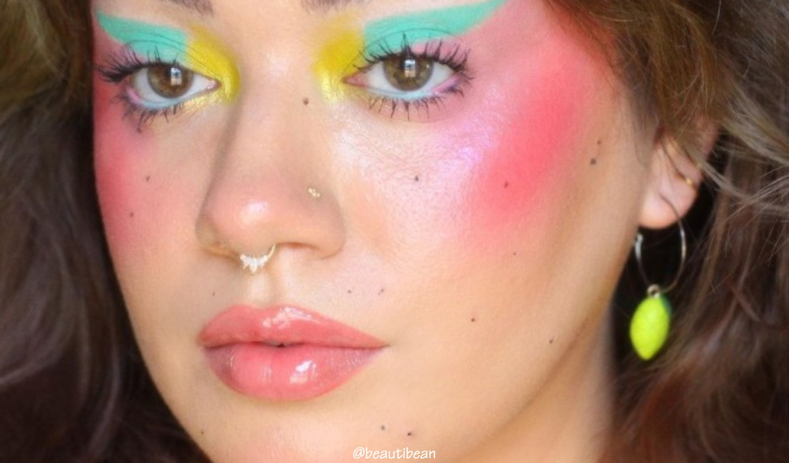 Try These Pastel Makeup Looks For A Dramatic Makeover header