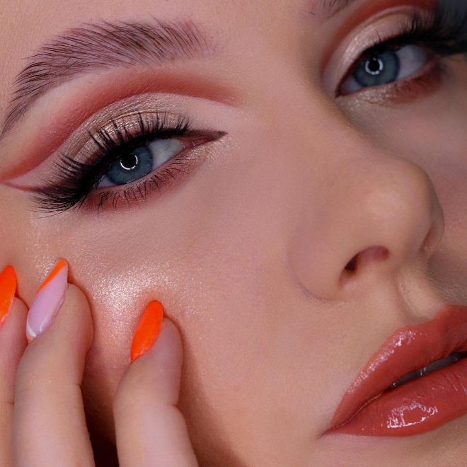Get Inspired By Fall With These Pumpkin Spice Makeup Looks 7