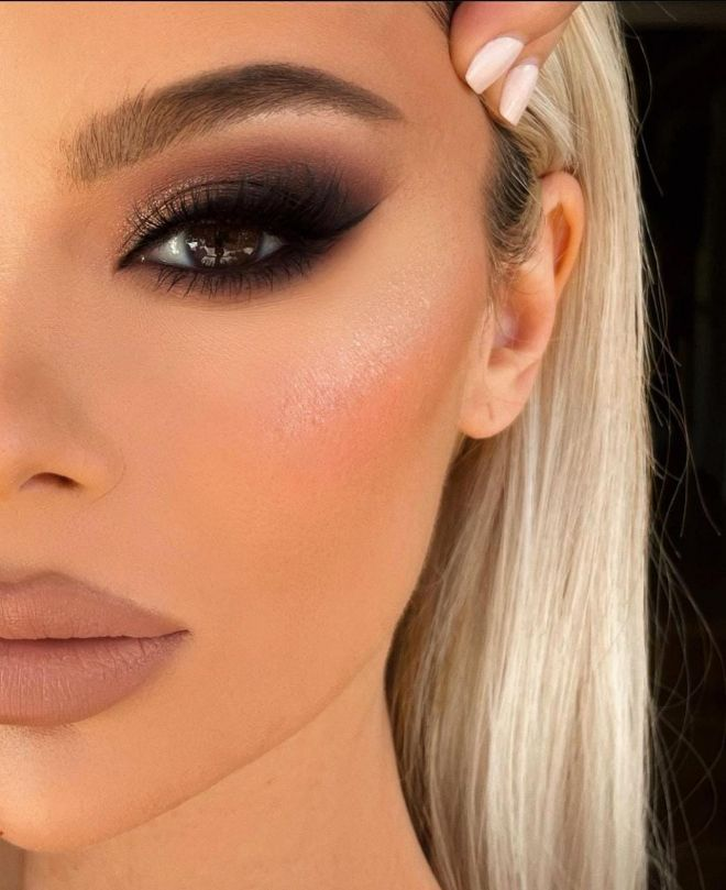 The Best Makeup Looks To Re-Create For School Picture Day 5