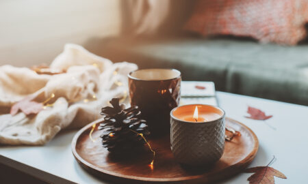 easy-diy-candles-for-fall-fall-scents-cozy-fall-atmosphere-with-candles