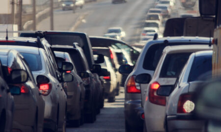 safety-tips-while-youre-on-the-road-california-traffic-main-image