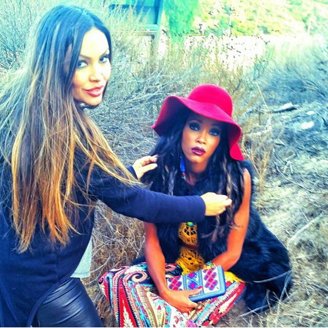 We love creating timeless art. Behind the scenes with @angelicacuriel13 and @alannaforte It was sooo windy and cold. #vivaglamsupermodel #vivaglammagazine #angelicacuriel #sexymodel #fashioneditorial